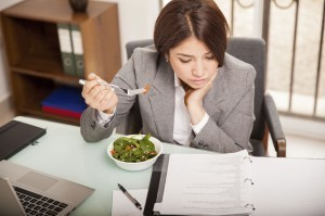 忙しいときにピッタリ♪ お気軽ダイエットはコンビニ飯でキマリ!.jpg
